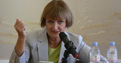 TESSA JOWELL EVENT PHOTO